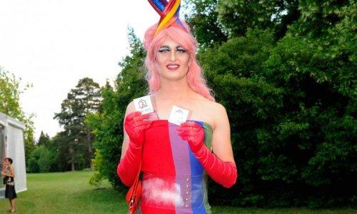 Peer Outfit für die Aids Hilfe…