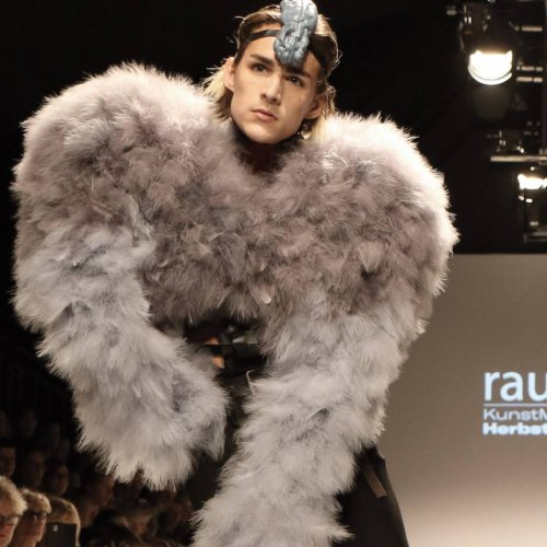 Am Catwalk der Fashion Week